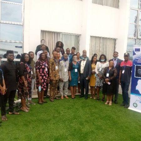 Au Nigéria, l'équipe et les partenaires locaux du projet SAFE poursuivent leur travail pour la promotion et le respect des droits de l'homme