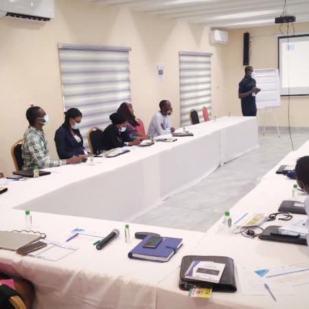 Nigéria - La lutte pour mettre fin aux violations graves des droits de l'homme continue